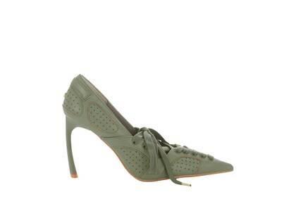 YELLO Divot Sneaker Heels Oliveの写真
