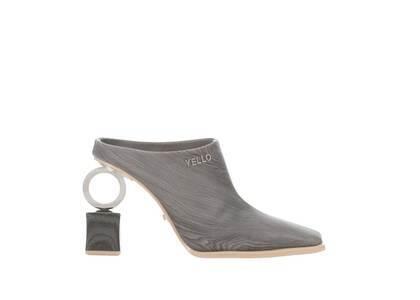 YELLO Barch Sabot Heels Greyの写真
