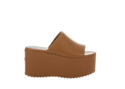 YELLO Sepia Platform Sandals Brownの写真
