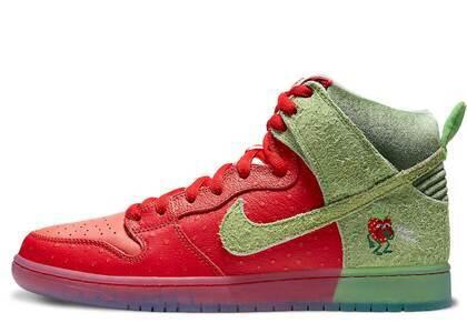 Nike SB Dunk High Strawberry Coughの写真