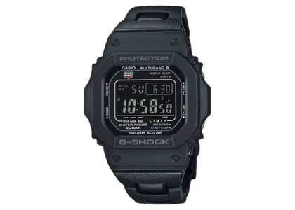 Casio G-Shock GW-M5610UBC-1JFの写真