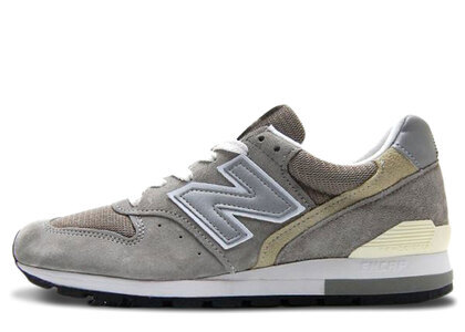 New Balance M996GR Greyの写真
