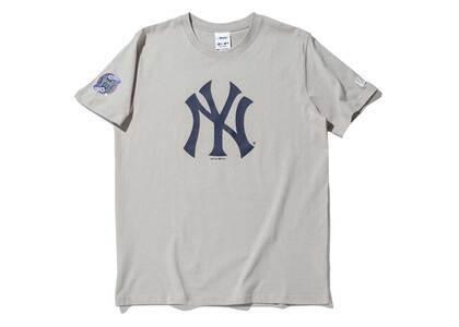 AWAKE NY × New Era New York Yankees Subway Series S/S T-Shirt Grayの写真