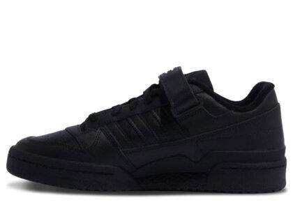 adidas Forum Low Blackの写真