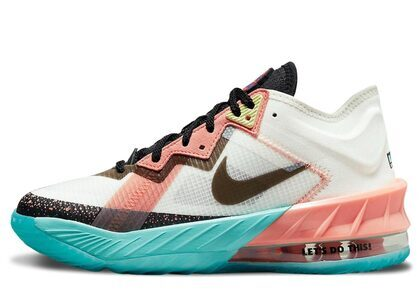 Space Jam x Nike Lebron 18 Low Lola Bunny GSの写真