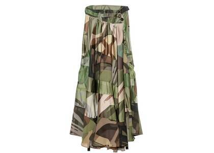 KAWS x Sacai Womens Camo II Skirt Greenの写真