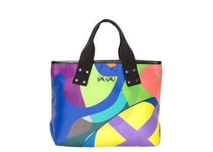 KAWS x Sacai M Bag Multiの写真