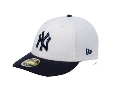 New Era LP 59Fifty New York Yankees MLB 2 Tone Navy Gray Under Visor Chrome Whiteの写真
