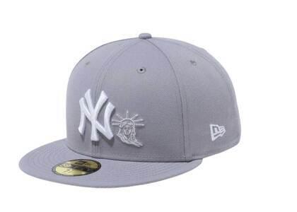 New Era 59Fifty New York Yankees Statue of Liberty Grayの写真