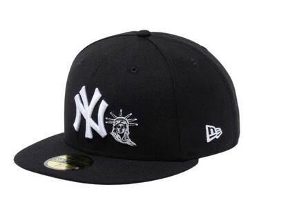 New Era 59Fifty New York Yankees Statue of Liberty Blackの写真