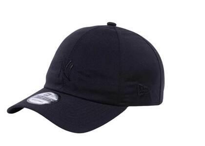 New Era 9Thirty New York Yankees Gore Tex Paclite Gore Tex Black/Blackの写真