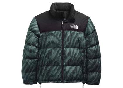 The North Face Printed 1996 Retro Nuptse Jacket US Balsam Green Wooden Tiger Printの写真