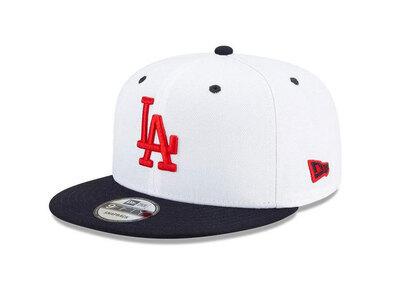 New Era 9FIFTY Americana Los Angeles Dodgers White Navy Visorの写真