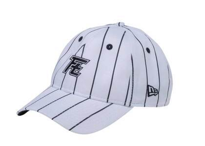 New Era 9Thirty Rookies Ft Logo White/Black Pin Stripeの写真