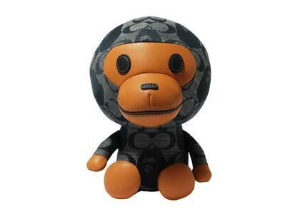 Coach × Bape Baby Milo Plush Doll Navy (SS21)の写真