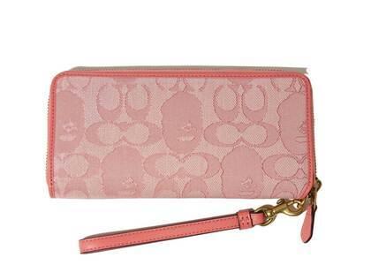 Coach × Bape Phone Wallet Pink (SS21)の写真
