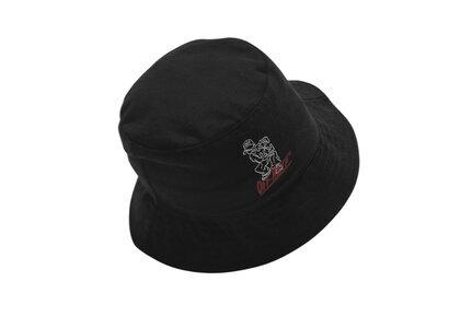 END. × Off-White Bandit Bucket Hat Black / Red / Whiteの写真