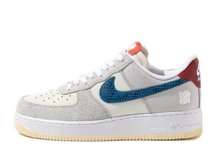Undefeated × Nike Air Force 1 Low SP Whiteの写真