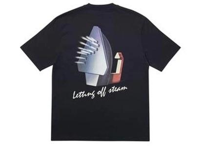 Palace Steaming T-Shirt Black  (FW19)の写真