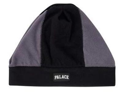 Palace Pal Fleece Beanie Black/Grey  (FW19)の写真