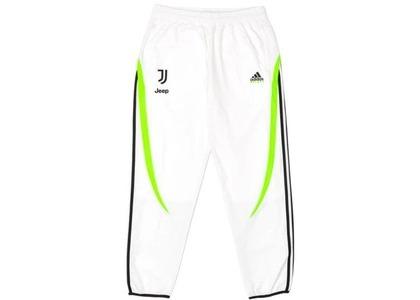 Palace Adidas Palace Juventus Trackpant White  (FW19)の写真