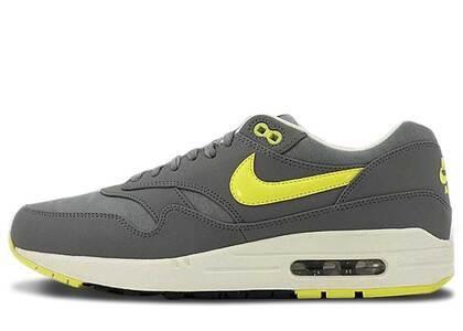 Nike Air Max 1 Cool Grey Sonic Yellowの写真