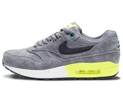 Nike Air Max 1 Cool Grey Voltの写真