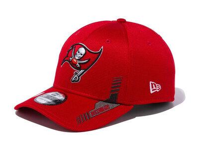 New Era 39THIRTY 2021 NFL Sideline Sideline Tampa Bay Buccaneers Redの写真