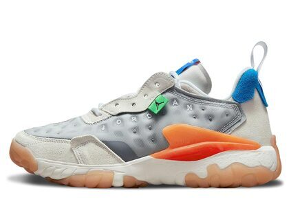 Nike Jordan Delta 2 Light Smoke Greyの写真