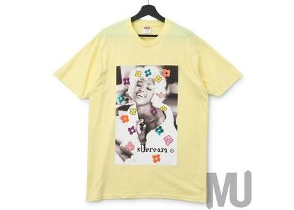 Supreme Naomi Tee Pale Yellowの写真