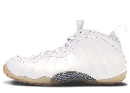 Nike Air Foamposite One White Outの写真