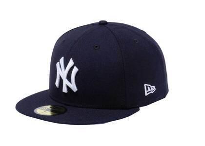 New Era 59FIFTY New York Yankees Collar Under Visor Side Patch Navyの写真