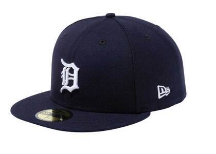 New Era 59FIFTY Detroit Tigers Collar Under Visor Side Patch Navyの写真