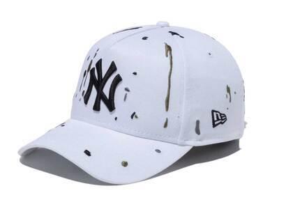 New Era 9FORTY A-Frame New York Yankees Splash Embroidery Whiteの写真
