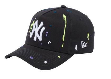 New Era 9FORTY A-Frame New York Yankees Splash Embroidery Black/Snow Whiteの写真