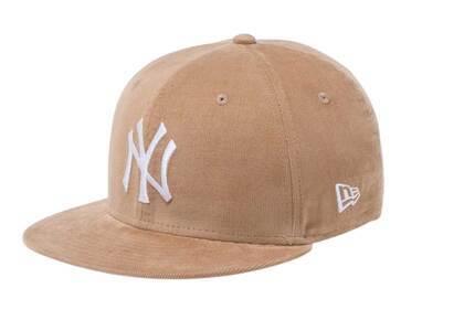 New Era Youth 9FIFTY New York Yankees Micro Corduroy Beigeの写真