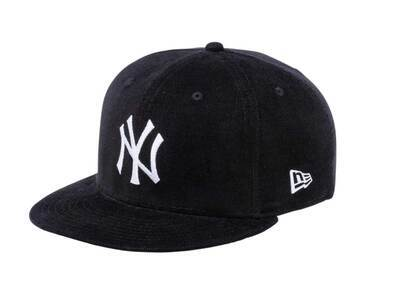 New Era 9FIFTY New York Yankees Micro Corduroy Gray Under Visor Blackの写真