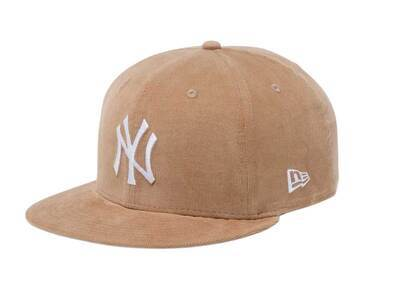 New Era 9FIFTY New York Yankees Micro Corduroy Gray Under Visor Beigeの写真