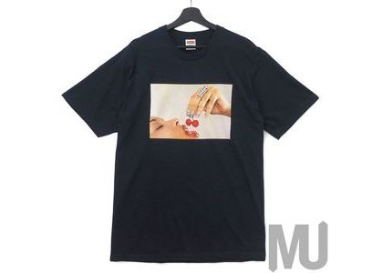 Supreme Cherries Tee Navyの写真