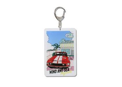 Yoshifuku Honoka × WIND AND SEA Key Holder Carの写真