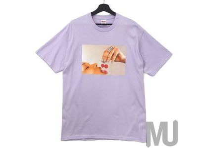 Supreme Cherries Tee Light Purpleの写真