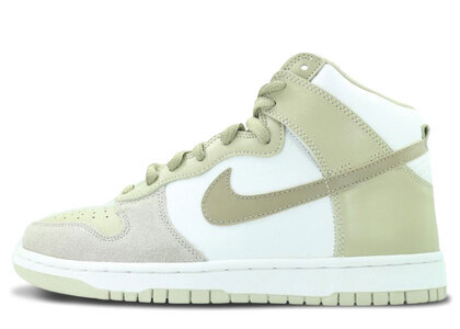 Nike SB Dunk High Khakiの写真