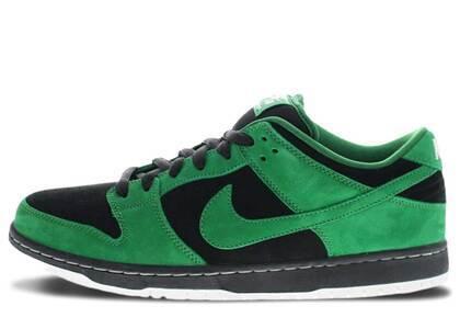 Nike SB Dunk Low Black Pine Greenの写真