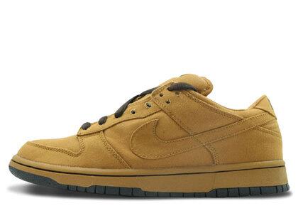 Nike SB Dunk Low Carhartt Shaleの写真