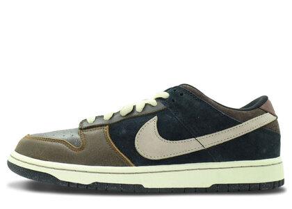 Nike SB Dunk Low Strummerの写真