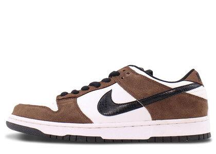 Nike SB Dunk Low White Black Trail End Brownの写真