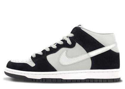 Nike SB Dunk Mid Black Silverの写真