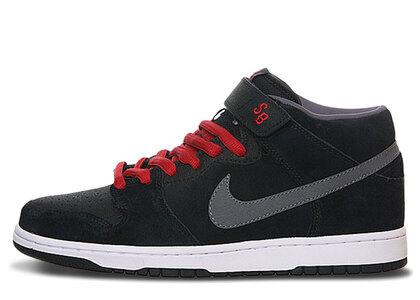 Nike SB Dunk Mid Griptapeの写真