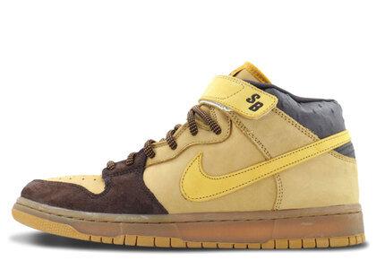 Nike SB Dunk Mid Wheat Bronzeの写真
