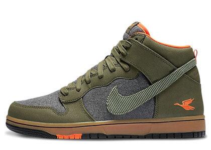Nike Dunk CMFT Swoosh Social Club Oliveの写真